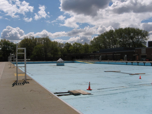 Red Hook Pool